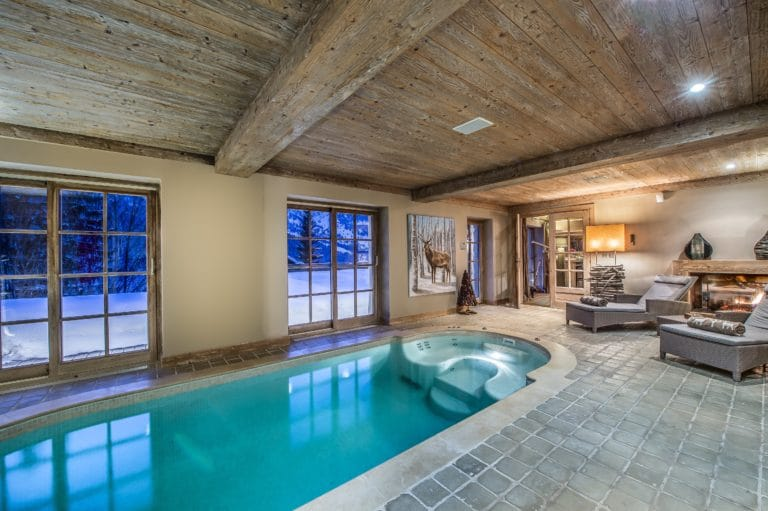 Swimming Pool Luxury Ski Chalet Cristal Lodge Meribel