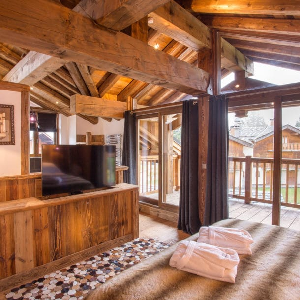 Bedroom One Luxury Ski Chalet Loup Blanc Courchevel Le Praz